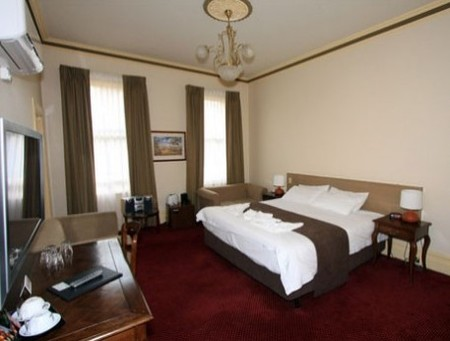 Glenferrie Hotel - Lennox Head Accommodation