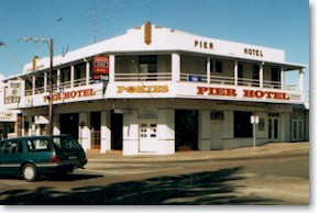 Pier Hotel - Lennox Head Accommodation