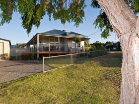 Serenity Holiday House - Lennox Head Accommodation