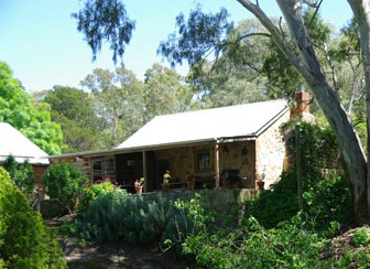 Miners Cottage - Lennox Head Accommodation