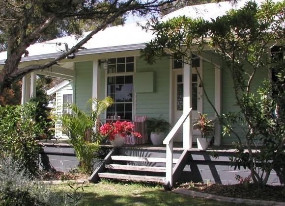 Huskisson Bed  Breakfast - Lennox Head Accommodation