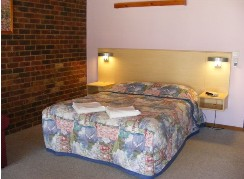 Barooga Golf View Motel - Lennox Head Accommodation