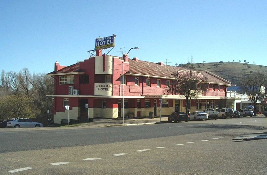Criterion Hotel Gundagai - Lennox Head Accommodation