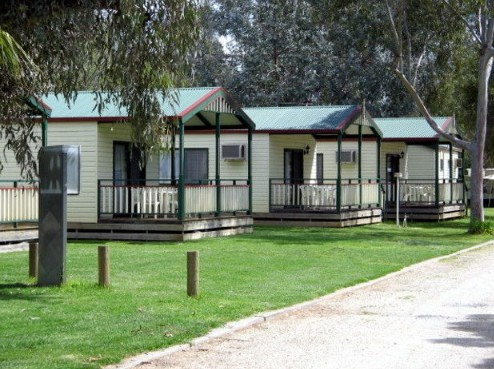 Howlong Caravan Park - Lennox Head Accommodation