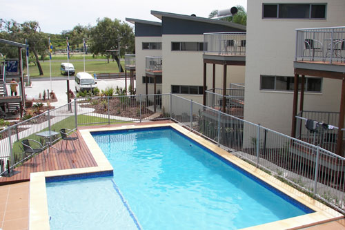 Emu's Beach Resort - Lennox Head Accommodation