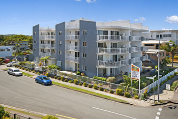 Sandy Shores Luxury Holiday Units - Lennox Head Accommodation