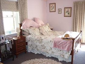 Old Colony Inn Bed and Breakfast  Accommodation - Lennox Head Accommodation