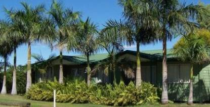 Kinnon  Co Outback Lodges - Lennox Head Accommodation