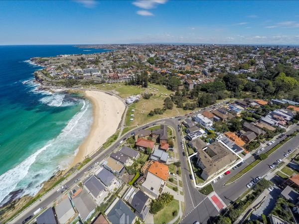 The Star View Central - Lennox Head Accommodation
