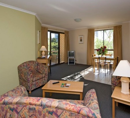 Kingston Court Serviced Apartments - Lennox Head Accommodation