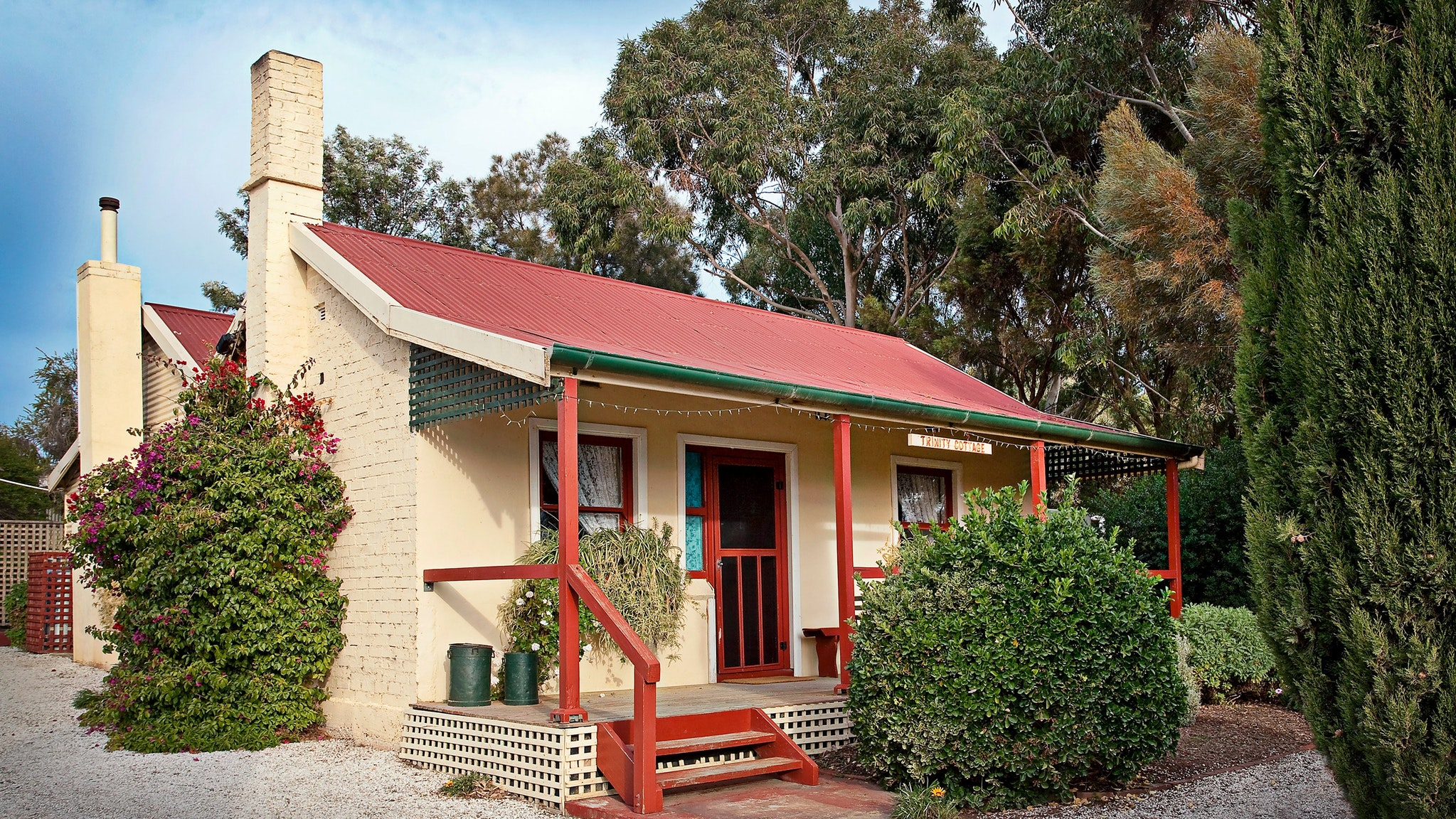 Trinity Cottage - Lennox Head Accommodation