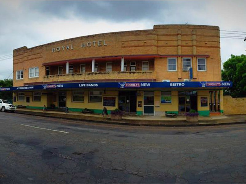 Royal Hotel Dungog - Lennox Head Accommodation