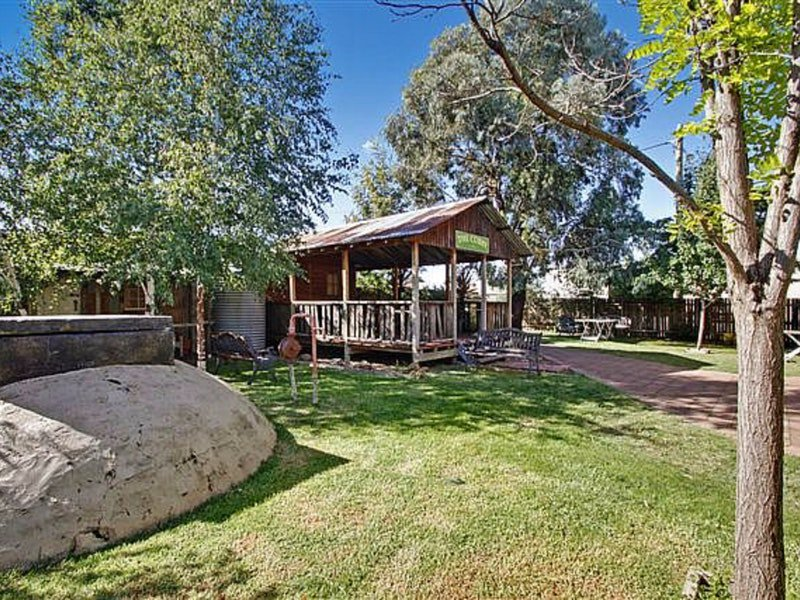Boorowa Hotel - Lennox Head Accommodation