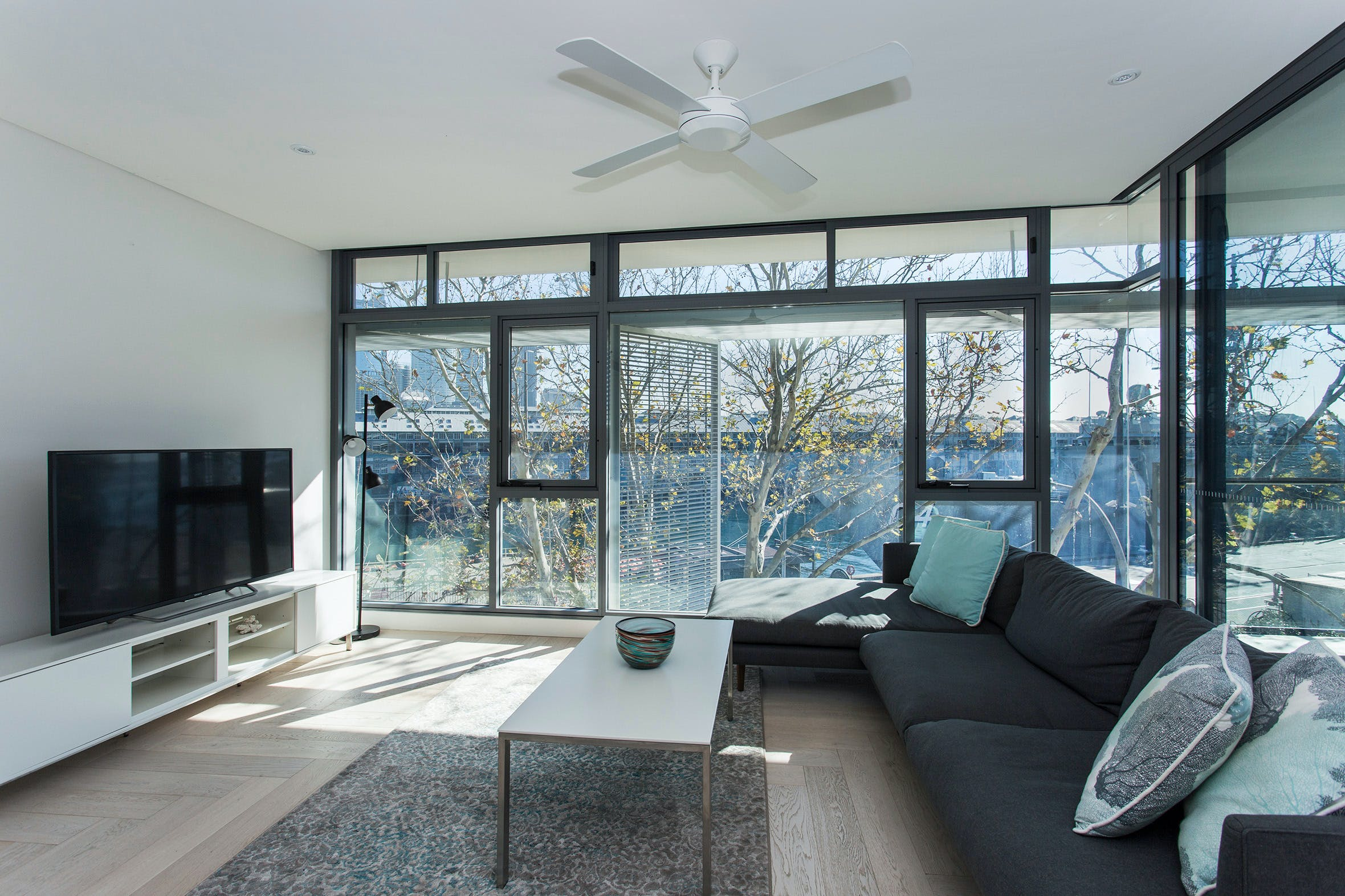 Contemporary Residence in Woolloomooloo - Lennox Head Accommodation