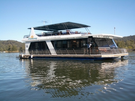 Able Hawkesbury River Houseboats - Lennox Head Accommodation