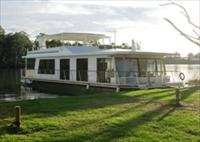 Cloud 9 Houseboats - Lennox Head Accommodation