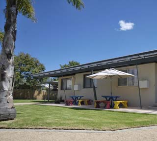 Sale Motor Village - Lennox Head Accommodation