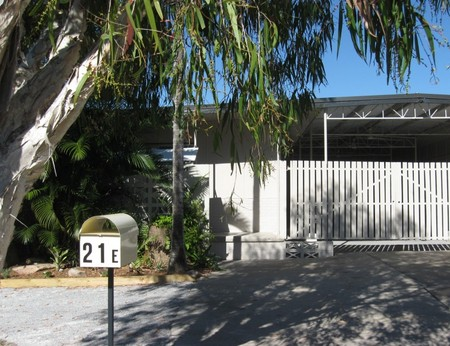 Beach Units Tannum Sands - Lennox Head Accommodation