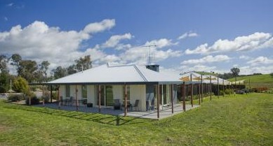 Country Guesthouse Schonegg - Lennox Head Accommodation