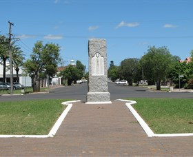 War Memorial and Heroes Avenue Roma - Lennox Head Accommodation