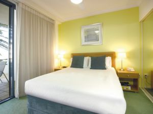 Oaks Calypso Plaza - Lennox Head Accommodation