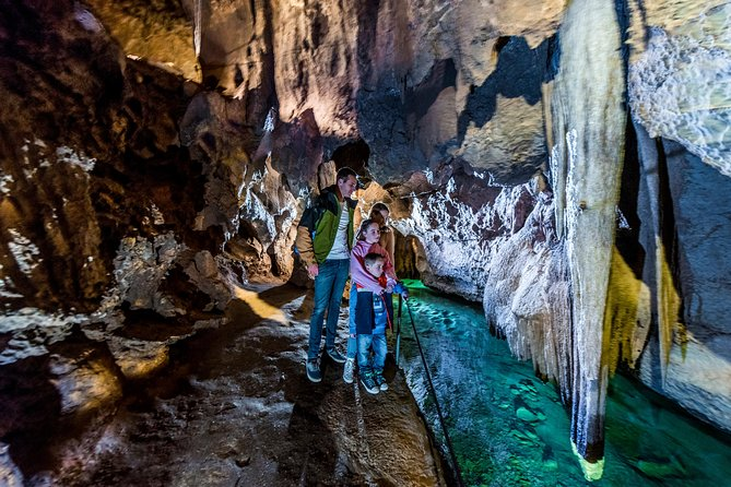 Jenolan Caves Imperial-Diamond Cave Tour - Lennox Head Accommodation