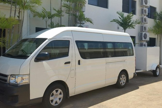 Airport Transfer to or fm Palm Cove accommodation for up to 13 people 7am-10pm - Lennox Head Accommodation
