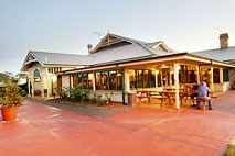 Potters Hotel and Brewery - Lennox Head Accommodation