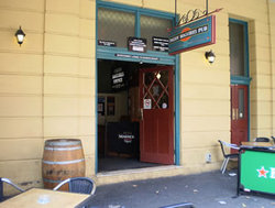 Paddy Maguires - Lennox Head Accommodation