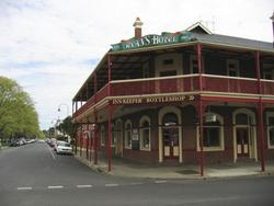 Ryans Hotel - Lennox Head Accommodation