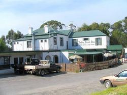 Robin Hood Hotel - Lennox Head Accommodation