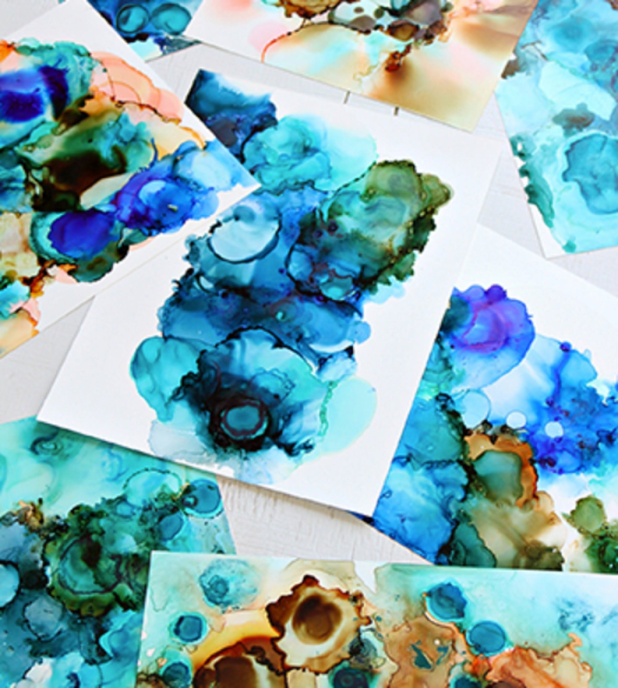 Alcohol Ink Art Class - Lennox Head Accommodation