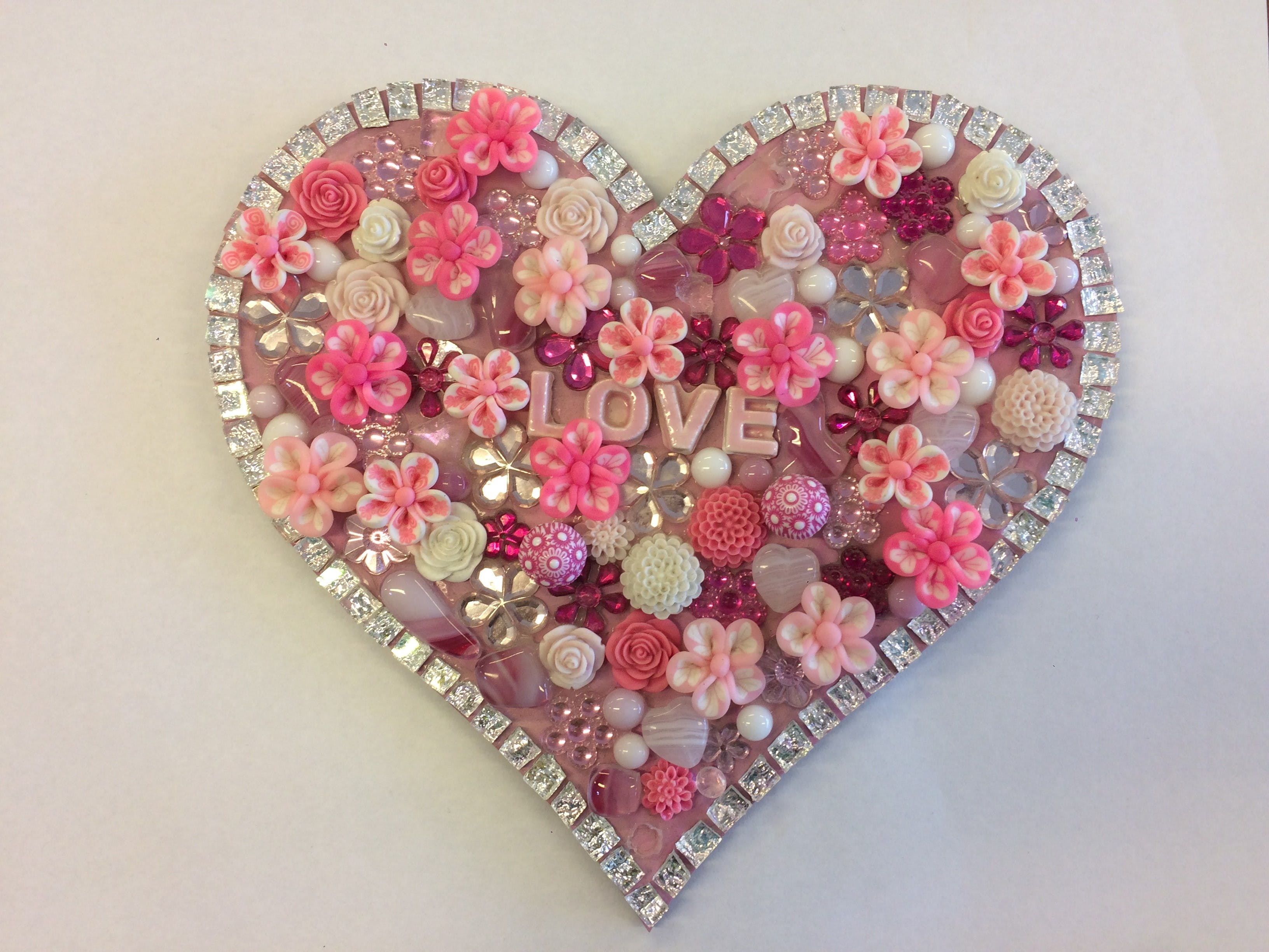 Flowers and Bling Mosaic Class for Kids - Lennox Head Accommodation