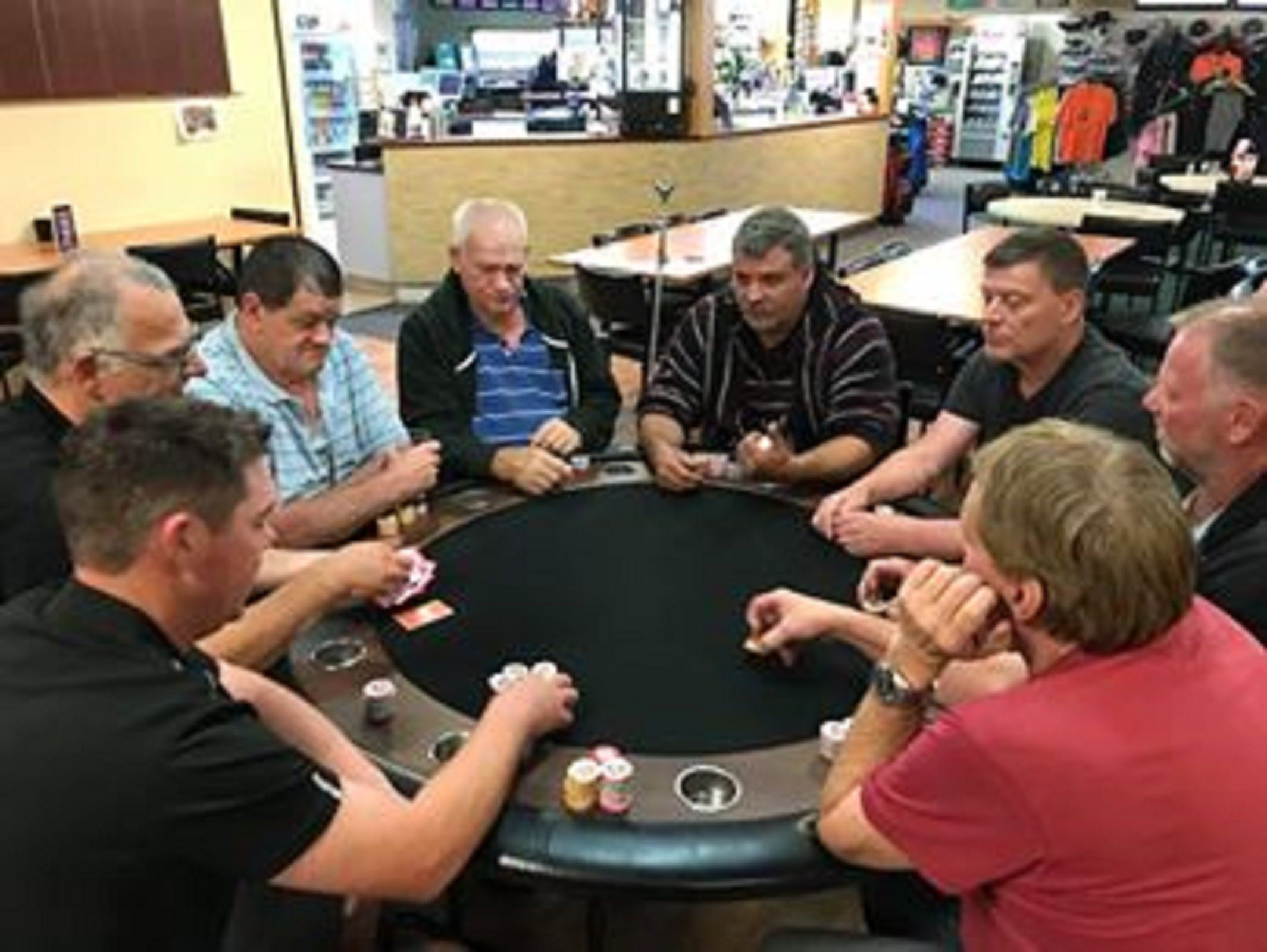 Numurkah Golf and Bowls Club - Poker Wednesday - Lennox Head Accommodation