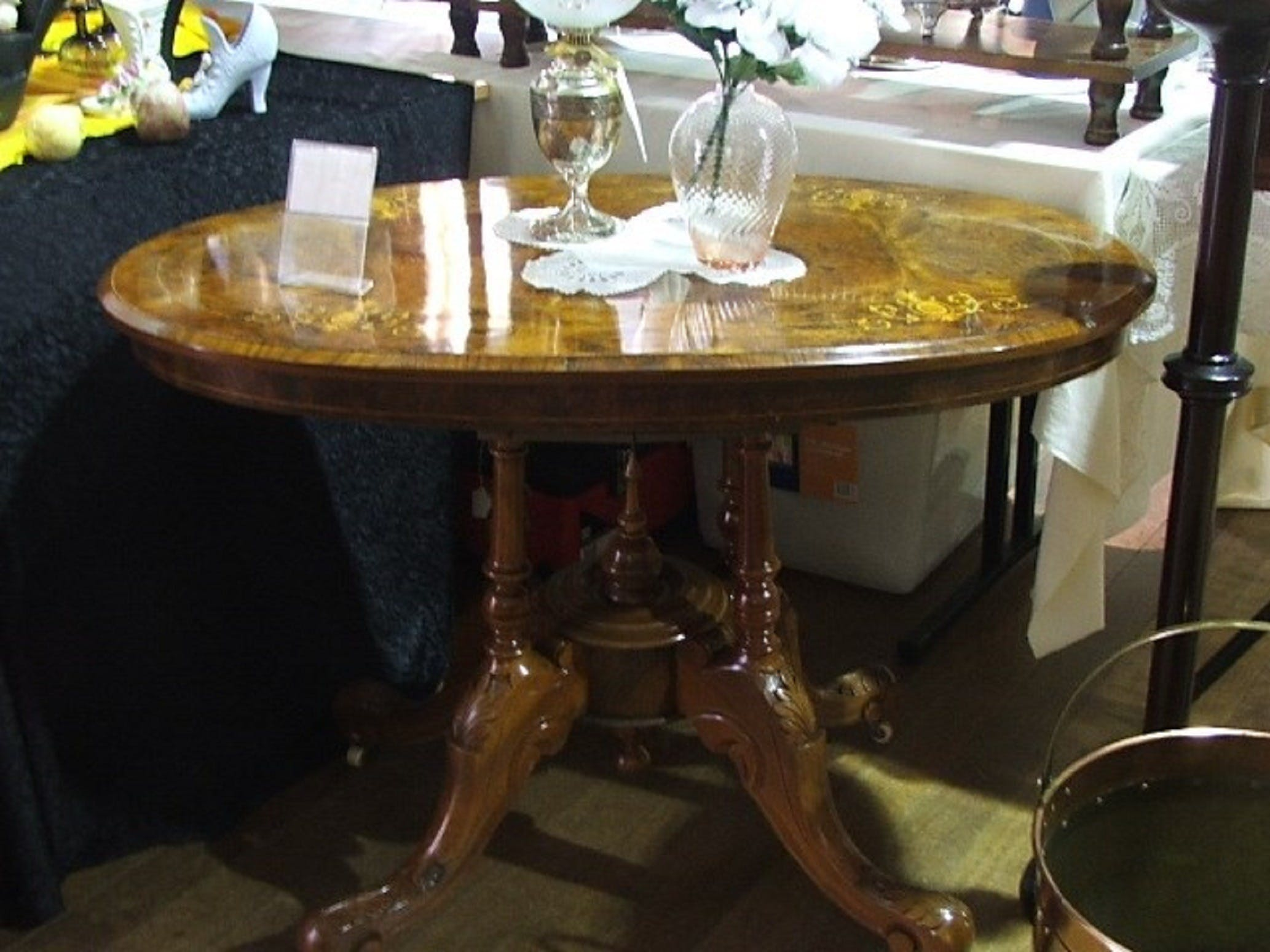 Berry Antiques and Collectables Fair - Lennox Head Accommodation