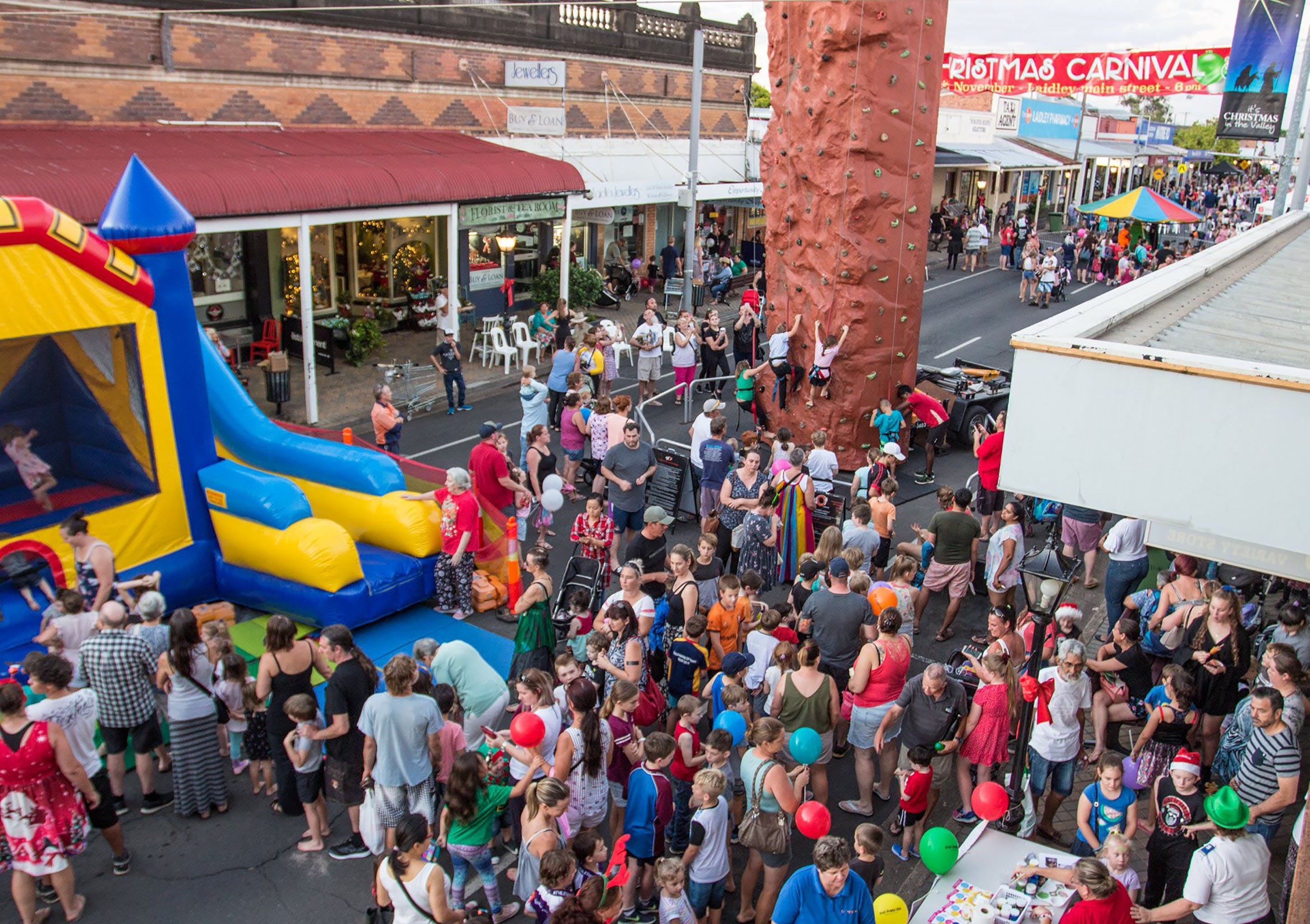 Laidley Christmas Street Festival - Lennox Head Accommodation