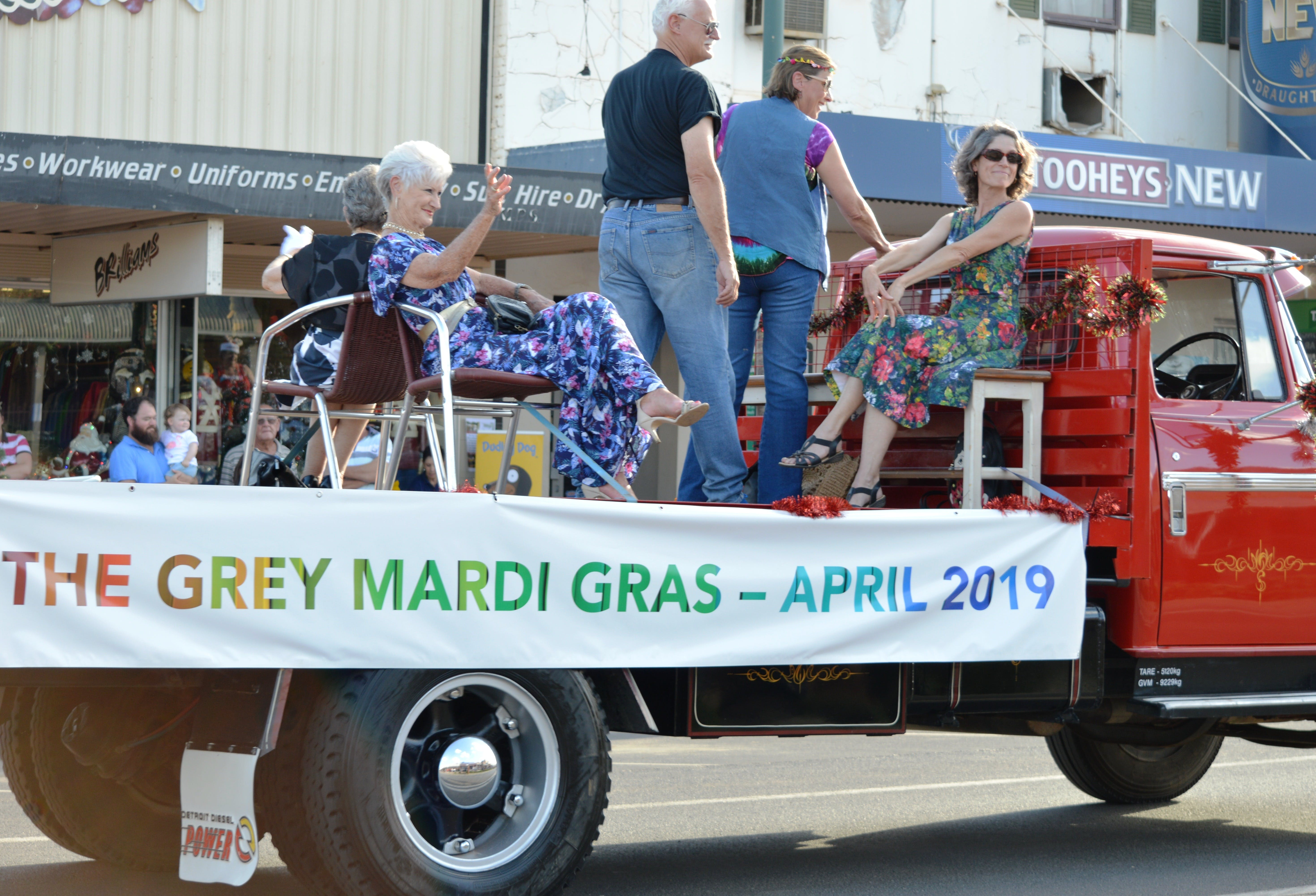 The Grey Mardi Gras - Lennox Head Accommodation