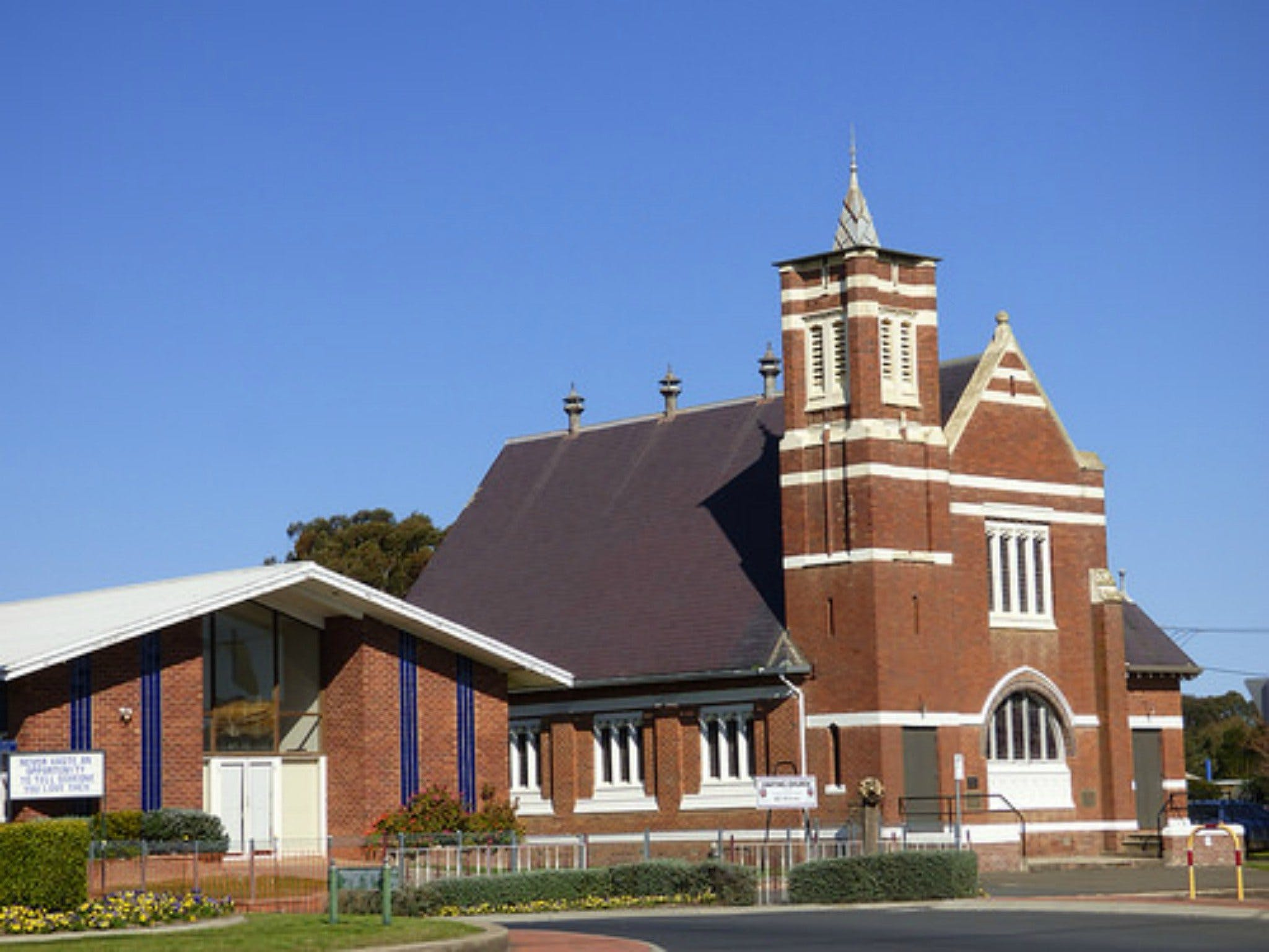 Uniting Church Monthly Markets - Lennox Head Accommodation
