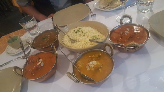 Tandoori  Curry Club - Lennox Head Accommodation