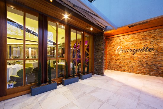 Courgette Restaurant - Lennox Head Accommodation