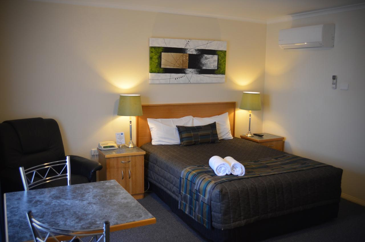 Arkana Motor Inn  Terrace Apartments - Lennox Head Accommodation