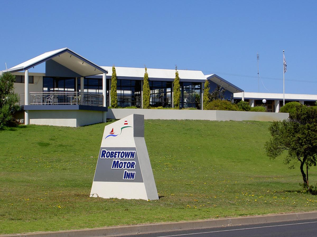 Robetown Motor Inn  Apartments - Lennox Head Accommodation