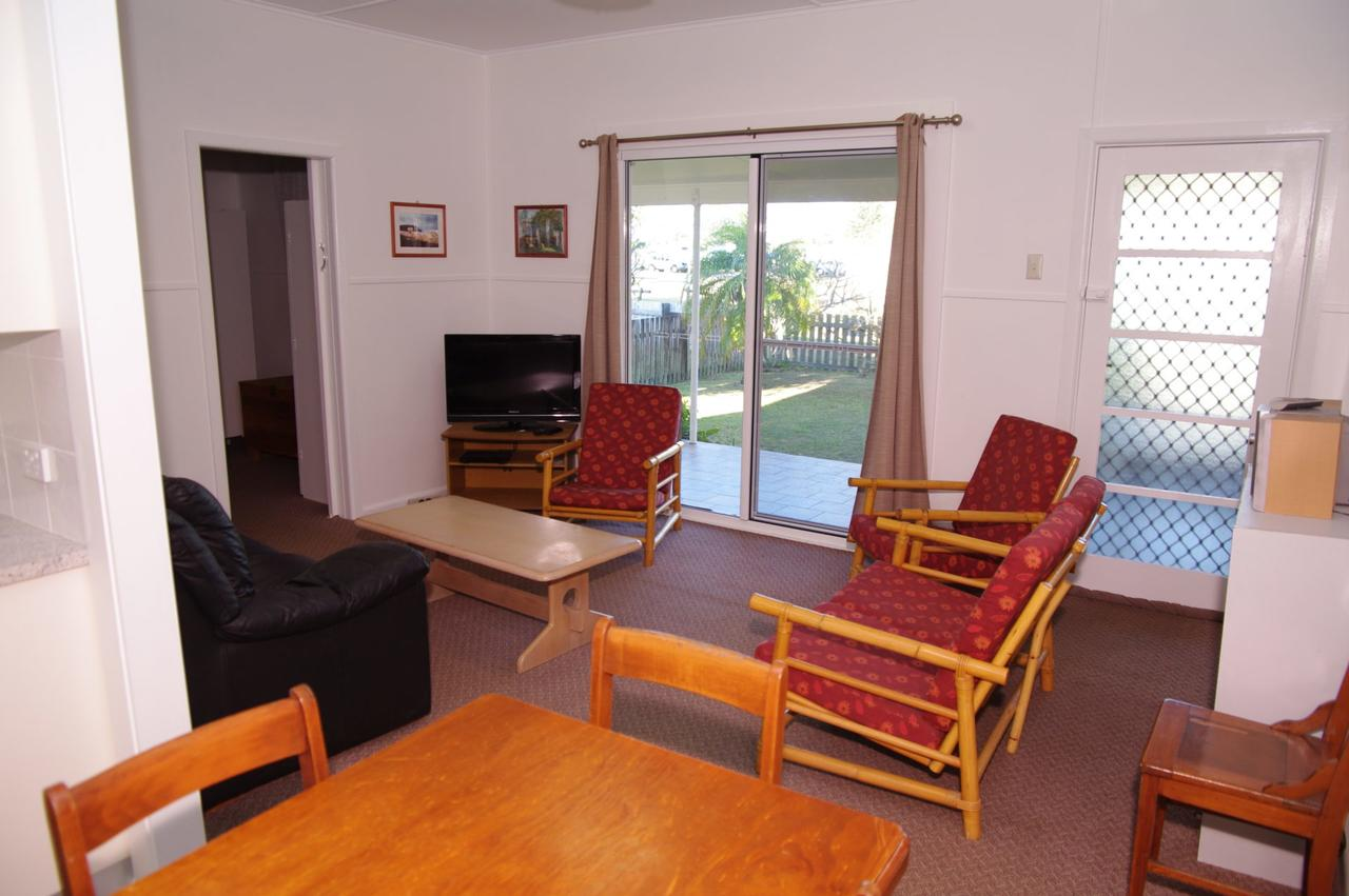 Fleur Cottage 7 Willow Street - Lennox Head Accommodation