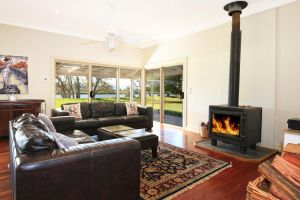 Terara Riverside Retreat - Lennox Head Accommodation