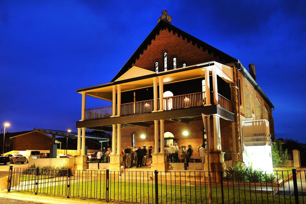 Perry Street Hotel - Lennox Head Accommodation