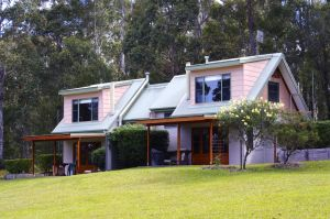 Bawley Bush Retreat and Cottages - Lennox Head Accommodation