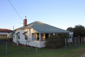 Dillons Cottage - Lennox Head Accommodation