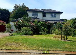 Airport HomeStay - Lennox Head Accommodation