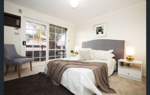 The Gallery Hours - Lennox Head Accommodation