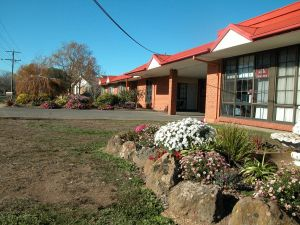 Ambassador Motor Inn - Lennox Head Accommodation
